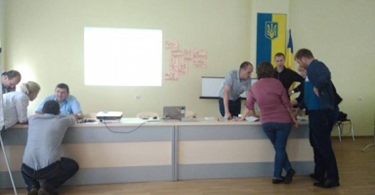 """""""Мотивація та розвиток підлеглих"""" для команди регіональних директорів мережі Рукавичка"""