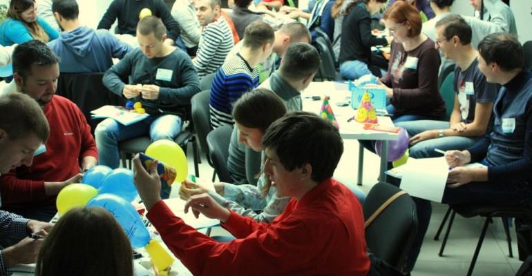 """Практичний тренінг """"Design Thinking: як здивувати клієнта простими інноваціями"""" для компанії Softjourn"""